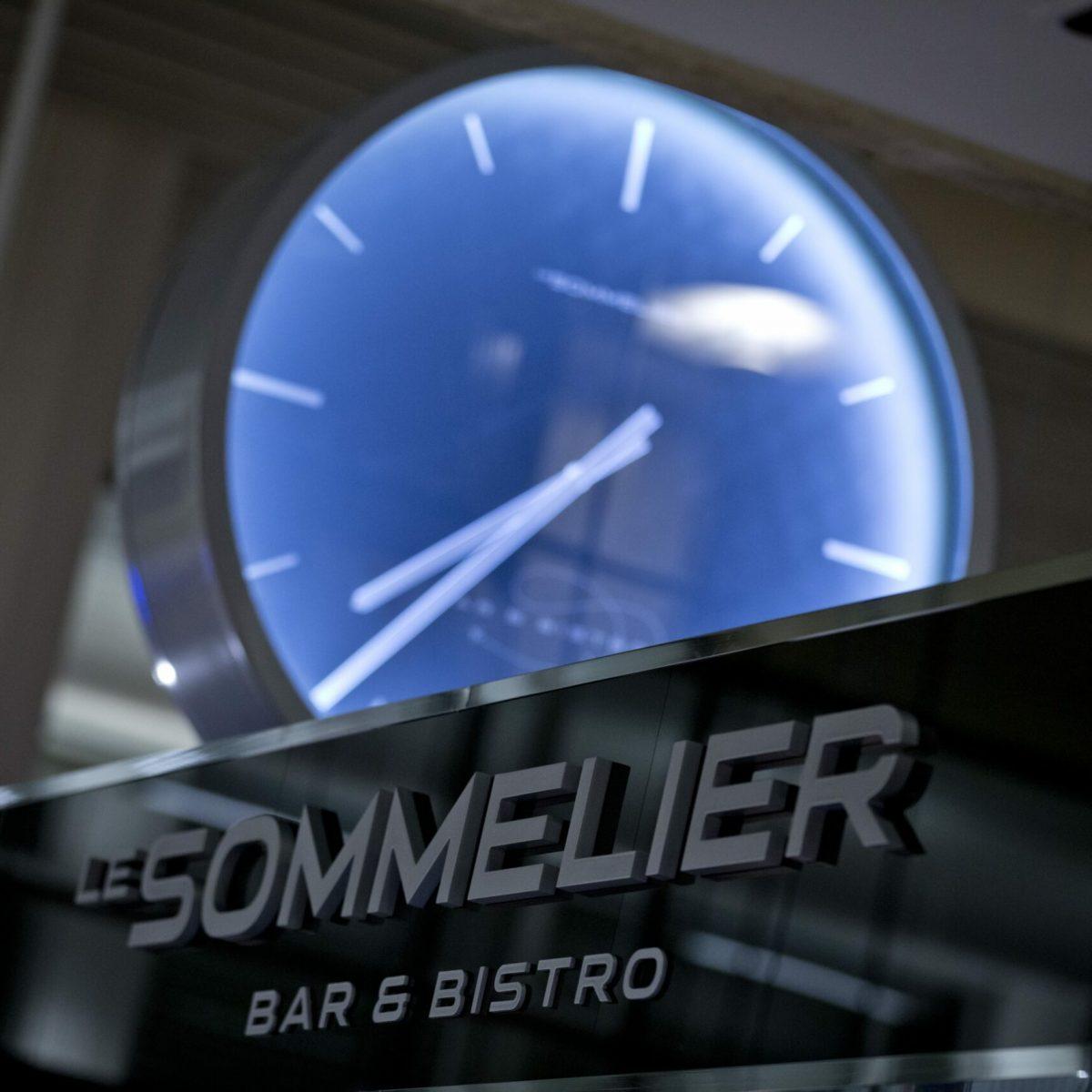 Sommelier - 02