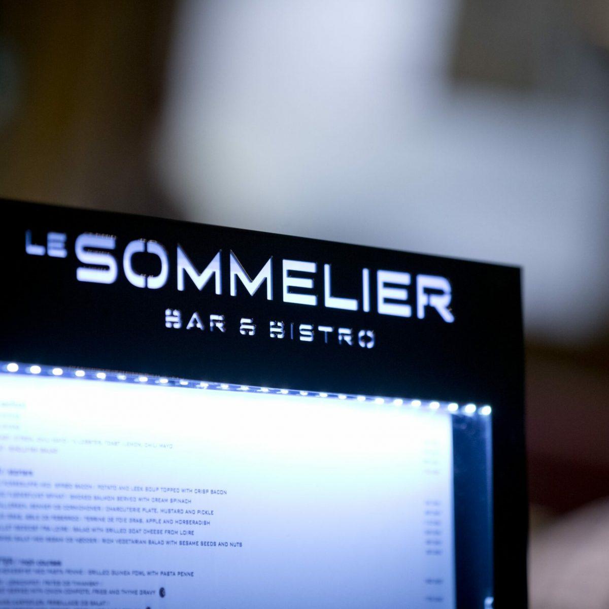 Sommelier - 08